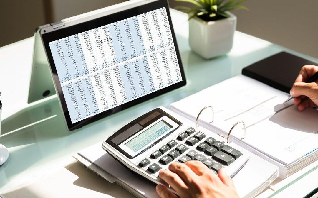 Aprenda a calcular o desconto do vale transporte e refeição na folha de pagamento