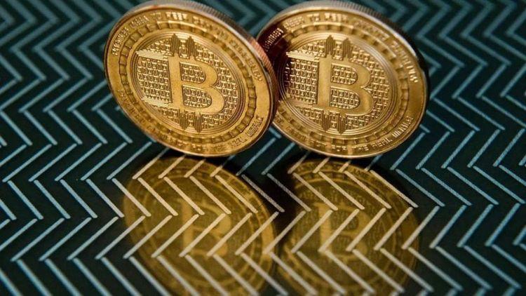 El Salvador se torna primeiro país a aprovar bitcoin como moeda corrente